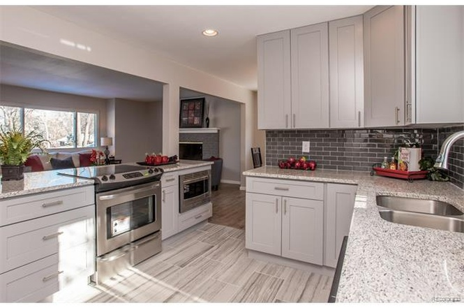 Grey Shaker Cabinet Gallery | Custom Kitchen Cabinets | Stone International  Cabinets U0026 Countertops